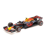 RED BULL RACING TAG HEUER RB13 MAX VERSTAPPEN WINNER MALAYSIAN GP 2017